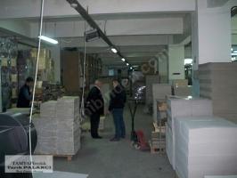Bayrampaşa Terazidere`de 2000m2 düz giriş sanayi işyeri