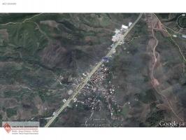 AS EMLAK`TAN KURTUL`DA ASFALT CEPHELİ 3100m2 YATIRIMLIK ARAZİ