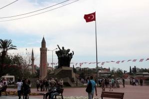 Antalya Şehir Merkezinde KİRALIK 3 YILDIZLI SIFIR OTEL