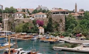Antalya KALEİÇİNDE 30 ADET KOMPLE SATILIK DÜKKANLAR