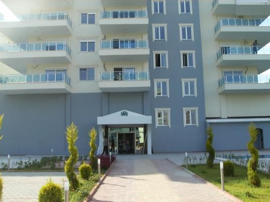 Antalya / Alanya Mahmutlar Beldesi Denize 200 Metre Mesafede Residence Site İçinde Satılık 1+1 Daireler
