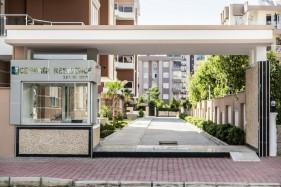 Antalya Konyaaltı Liman Mahallesinde Residence Sitede Satılık Muhtelif Ölçülerde  2+1 Daireler