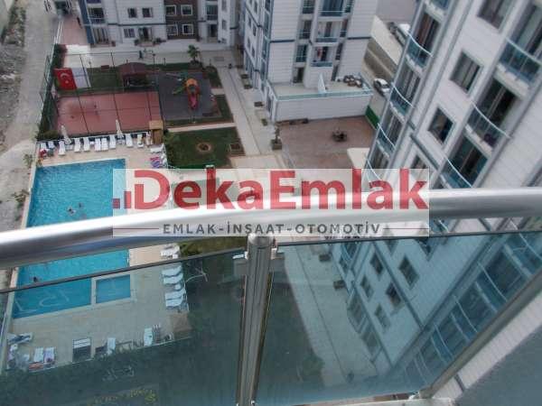 beylikdüzü arena residence de acil satılık havuz cephe metrobüs yanı 1+1 daire 195 BİN TL YE