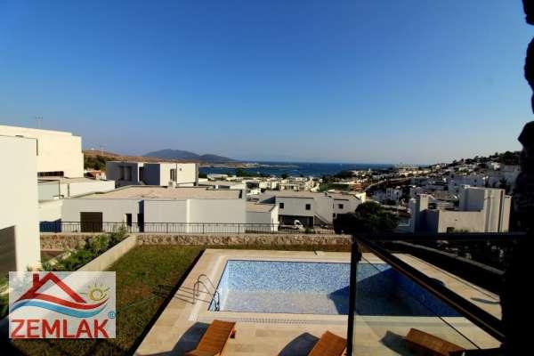 Bodrumda satılık deniz manzaralı villa