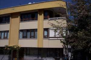 G.O.P. Çehre Sok. 5.nci kotto balkonlu 3+1 140m2 Bakımlı Daire
