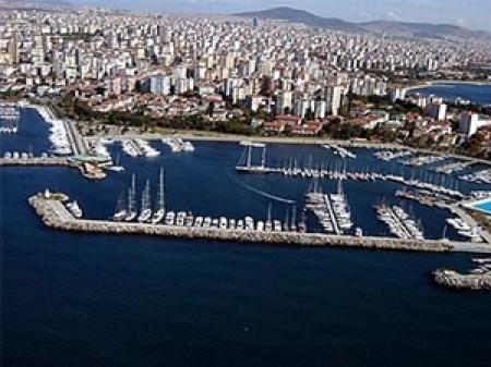 Koç Holding, 15 senedir işlettiği Kalamış Marinayı rakiplerine bırakmadı