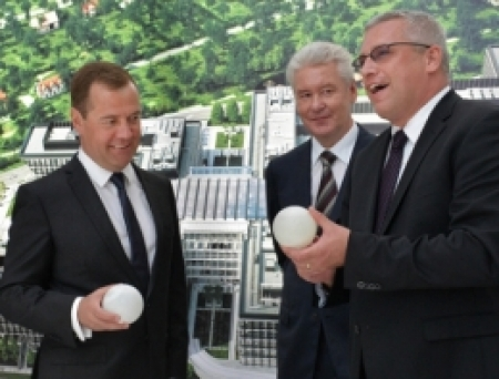 Medvedev Rönesans`ın Comcity projesini inceledi