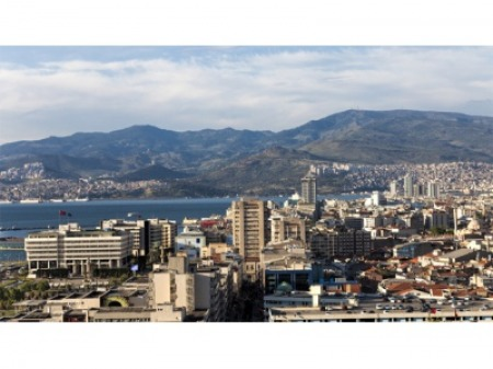 İzmir'in konut şampiyonları açıklandı